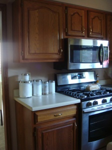 """That awful microwave. It was only 9"""" above the cooktop!"""