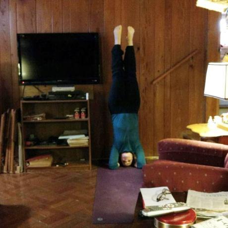 yoga_nanas